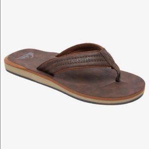 NEW Quicksilver Carver Nubuck sandals Size 9